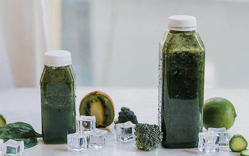 Green smoothie réalisé par Laetitia avec l'herbe d'orge biosavor